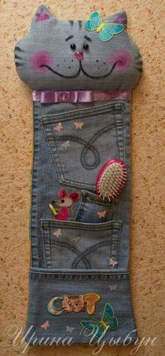 Let's Continue to Submit Crafts from Jeans (denim) Jean Crafts, Denim Crafts, Fabric Crafts, Sewing Crafts, Sewing Projects, Couture Main, Denim Ideas, Old Clothes, Recycled Denim