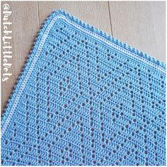 Tripple Diamond, free pattern diagram by Irene Bertels of Dutch Little Dots. Crochet Pillow, Crochet Blanket Patterns, Baby Blanket Crochet, Crochet Afghans, Crochet Stitches, Crochet Baby, Knitting Patterns, Blue Baby Blanket, Afghan Blanket