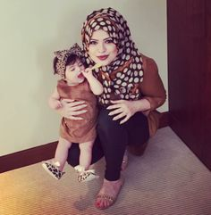 Tan tunic with polka dot hijab lined with tan - check out: Esma <3