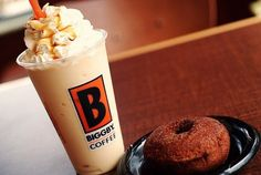 Biggby Caramel Apple Cider Freeze with a hot cider donut. Biggby Coffee, Coffee And Donuts, Great Coffee, Starbucks Coffee, Apple Cider, Glass Of Milk, Great Recipes, Cravings, Good Food