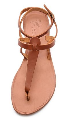 Women's Brown A La Plage Toulon Sandals - Cognac - Beach Mode Cute Sandals, Cute Shoes, Me Too Shoes, Shoes Sandals, Brown Sandals, Flat Sandals, Cognac Sandals, Neutral Sandals, Simple Sandals