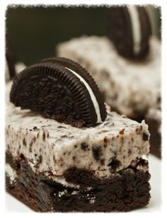 """Oreo Cookies and Cream Brownies. I had these for my birthday """"cake"""" last year. Yummy Treats, Sweet Treats, Yummy Food, Eat Dessert First, Dessert Bars, Think Food, Love Food, Cupcakes, Cupcake Cakes"""