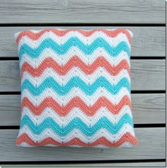 Ripple Tutorial cushion. Just lovely. Great instructions, thanks ever so for sharin' xox