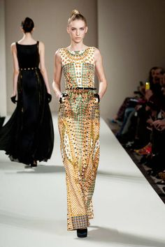 Temperley London Fall 2013 Ready-to-Wear Runway  Ancient Egyptian inspiration!