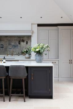 Design Notes - paint colour H Open Plan Kitchen Diner, Contemporary Kitchen Design, Grey Kitchen Island, Open Plan Kitchen Living Room, Diy Kitchen Renovation, Black Kitchen Island, Kitchen Design, Narrow Kitchen Island, Contemporary Kitchen