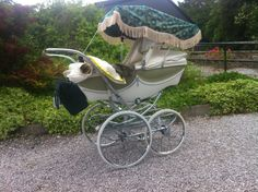 Silver Cross Milano in Cream & Green with matching Pram Bag, Handmade Sun Canopy and Pram Cover Set