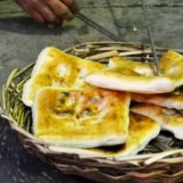 The 160 Year Old Square Naan Of Hyderabad - NDTV