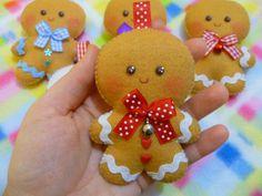 Portachiavi a forma di Gingerbread men in pannolenci : Portachiavi di ladycupcake