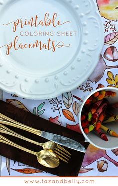 Thanksgiving printable coloring sheet that doubles as a place mat! Free printable on the blog.