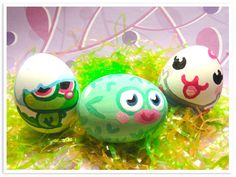 moshi monster easter eggs... paint your fave moshlings on normal eggs!!