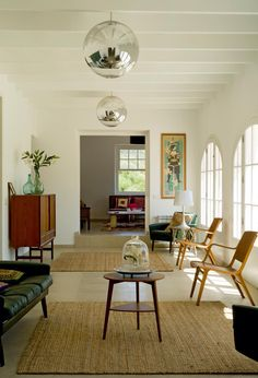Stunning interior Air Space, Oversized Mirror, Mid Century, Living Room, Interior Design, Brittany, Carpets, House, Dreams