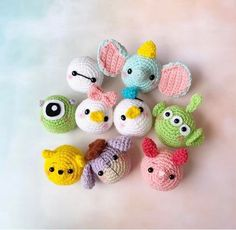 Disney Tsum Tsum crochet pattern This is the crochet pattern only, not a finished product. Kawaii Crochet, Crochet Teddy, Cute Crochet, Crochet Crafts, Crochet Dolls, Yarn Crafts, Crochet Projects, Crochet Beanie, Disney Crochet Patterns