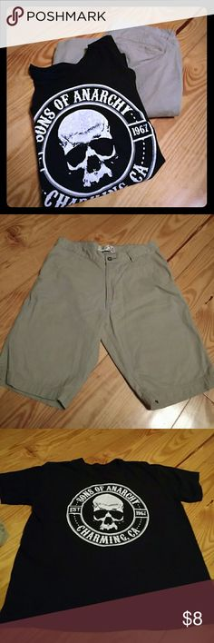 MENS Short&Tshirt Bundle Men's khaki G&M shorts size 34 but are 32 when measured. T-shirt is black Son's of Anarchy size Medium. No tags in shirt. Other