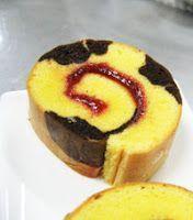 150 g gula pasir 75 g tepung terigu 175 g mentega, kocok C Pastry Recipes, Cake Recipes, Bolu Cake, Swiss Roll Cakes, Sponge Cake Roll, Resep Cake, Bread Cake, Asian Desserts, Brownie Cake