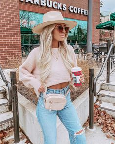 Comment your favorite holiday coffee ☕️ sweater, necklaces, pants, and belt bag all from ad. Fall Winter Outfits, Autumn Winter Fashion, Spring Outfits, Trendy Outfits, Cute Outfits, Fashion Outfits, I Love Fashion, Cute Fall Fashion, Fashion Edgy