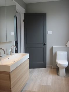 Plus de 1000 id es propos de salle d 39 eau sur pinterest Couleur porte interieure avec mur blanc