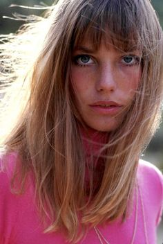 Serge Gainsbourg, Charlotte Gainsbourg, Gainsbourg Birkin, Vintage Hairstyles, Cool Hairstyles, Hair Inspo, Hair Inspiration, Style Jane Birkin, Celebrity Fashion Outfits