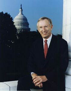 """James Merrill """"Jim"""" Jeffords (May 11, 1934 – August 18, 2014) was a U.S. Senator from Vermont. Sworn in to the Senate in 1989, he served as a Republican until 2001, when he left the party to become an Independent and began caucusing with the Democrats. He retired from the Senate in 2007. Prior to the Senate, he served as the U.S. Representative for Vermont's at-large congressional district from 1975 to 1989."""