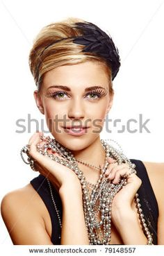 feather headbands on short hair styles with necklaces