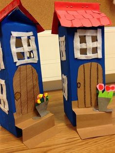 Muumi-house with milkboxes Easy Crafts, Diy And Crafts, Crafts For Kids, Arts And Crafts, Art Projects, Projects To Try, Felt House, Family Theme, Preschool Art