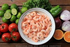 Ingredients of Ecuadorian shrimp ceviche Shrimp Ceviche, Fish And Seafood, Macaroni And Cheese, Chicken Recipes, Picnic, Food And Drink, Yummy Food, Meat, Vegetables