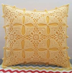 No photo description available. Crochet Thread Patterns, Crochet Lace Edging, Granny Square Crochet Pattern, Filet Crochet, Crochet Designs, Crochet Cushion Cover, Crochet Cushions, Crochet Tablecloth, Crochet Pillow