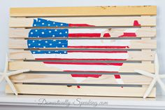 Fun and fab patriotic projects and decor ideas that are perfect for your upcoming fourth of July celebrations featured from Work it Wednesday. Pallet Flag, Pallet Signs, Summer Mantel, Happy Birthday America, Wood Crates, Wood Pallets, Diy Crafts For Gifts, Diy Pallet Projects, Usa Flag