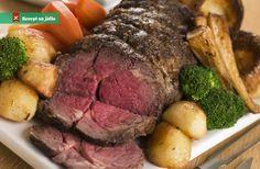 Rostbíf Beef Loin, Beef Rib Roast, Ribeye Roast, Roast Beef Recipes, Pot Roast, Pork Chops, Sunday Roast Dinner, Roast Beef Dinner, Beef Recipes