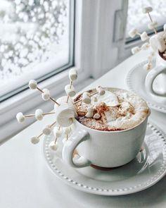 Dessert Kabobs, Cute Marshmallows, Peppermint Mocha, Christmas Coffee, White Christmas, Xmas, Cupcakes, Hot Chocolate, Snowflakes