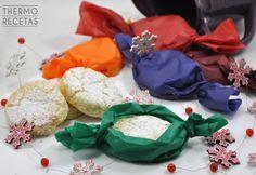 Unos polvorones caseros, tradicionales y con todo el sabor de la Navidad. Se hacen fácilmente utilizando la Thermomix, con ingredientes sencillos.
