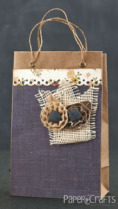 Natural Flower Gift Bag by @Emily Branch