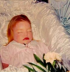 Dead little girl - USA ca. 1960 (embalmed and with make up) What a ghastly combination, embalming and make-up.