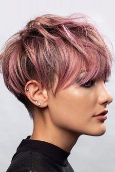 Messy Long Shaved Pixie ❤ A long pixie cut is the definition of versatility combined with style. There are options for all the face shapes and hair types. Long Pixie Hairstyles, Popular Short Hairstyles, Short Pixie Haircuts, Hairstyles Haircuts, Casual Hairstyles, Medium Hairstyles, Latest Hairstyles, Braided Hairstyles, Popular Haircuts