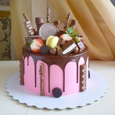 Cake Drip Rezept New Ideas - Birthday Cake Blue Ideen Mini Cakes, Cupcake Cakes, Sweet Recipes, Cake Recipes, Chocolate Cake Designs, Cake Chocolate, Cute Birthday Cakes, Crazy Cakes, Drip Cakes