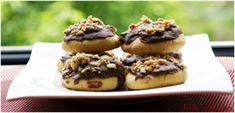 Fursecuri cu ciocolata Avocado, Muffin, Erika, Breakfast, Food, Morning Coffee, Lawyer, Essen, Muffins