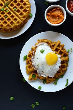 Savory pumpkin cornbread waffles that are vegan and require just 30 minutes and 1 bowl. Top with whatever you please: an egg, vegan chili, avocado, or even butter and maple syrup. Cornbread Waffles, Pancakes And Waffles, Pumpkin Waffles, Breakfast Waffles, Brunch Recipes, Fall Recipes, Breakfast Recipes, Holiday Recipes, Savory Pumpkin Recipes