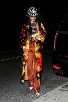 Rihanna Outfits, Fashion Outfits, Fashion News, Rihanna Street Style, Rihanna Looks, Rihanna Riri, Pregnancy Wardrobe, Vintage Silhouette, Irina Shayk