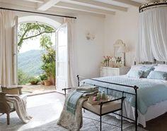 Decoración clásica en una casa andaluza