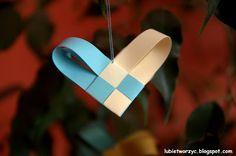 Serduszko z papierowych pasków :)  #serce #serduszko #sercezpaskow #przeplatanka #Walentynki #heart #ValentinesDay #sposobwykonania #jakzrobic #instrukcja #lubietworzyc #DIY #howto #handmade #instruction #papercraft