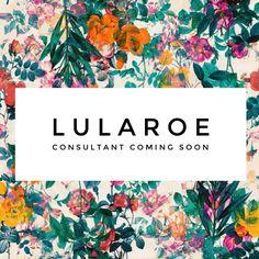 Lularoe consultant in the queue. @lularoetaradonofrio