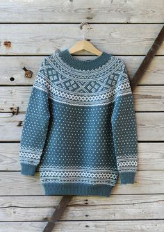Bilderesultat for kofter til dame Knitting For Kids, Baby Knitting, Norwegian Knitting, Big Knits, Stocking Pattern, Fair Isle Knitting, Drops Design, Vintage Knitting, Clothing Patterns