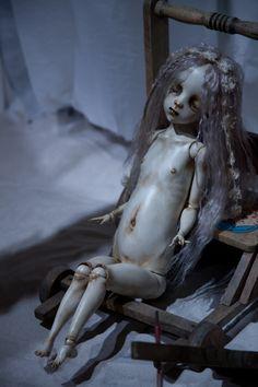 パラボリカビス:夜想・人形展2012「レクイエム/ルネサンス」@中川多理『白い海Ⅱ』 [ドール]