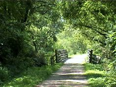 The Elroy-Sparta Bike Trail, Wisconsin - Descriptions and Photos