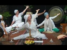 Naomi Charanpal Kaur Teaches Yoga on Kundalini Live - YouTube