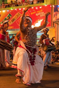 Perahera Buddhist Festival, Kandy, Sri Lanka - a must if you visit Sri Lanka! Ceylon Sri Lanka, Sri Lanka Holidays, Festivals Around The World, Island Nations, Asian History, Luxury Holidays, Beautiful Islands, India, Maldives
