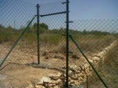 #Bricolaje con #vallas: Como #montar #cercado con desnivel.- www.vinuesavallasycercados.com