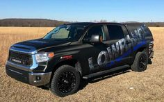 Take a look at Jason's new wrap, it's a carbon fiber wrap design with Lowrance logo on his new Tundra. Next week his boat goes in to get the same wrap. We can't wait to see the entire Lowrance themed rig together