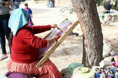 Tarahumara tejiendo. Chihuahua, Tejidos, Chihuahua Dogs, Chihuahuas