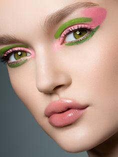 Make Up - make-up-is-an-art: Fotografin: Yulia Gorbachenko MUA: Frances Hathaway Pink Eye Makeup, Pink Eyeshadow, Love Makeup, Hair Makeup, Makeup Eyes, Pastel Makeup, Bride Makeup, Prom Makeup, Eyeshadow Makeup