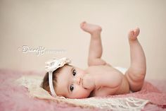 adorable #baby pose, would be good for #3 month photo shoot or #6 month photo shoot